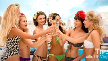 Bachelorette party in Cancún