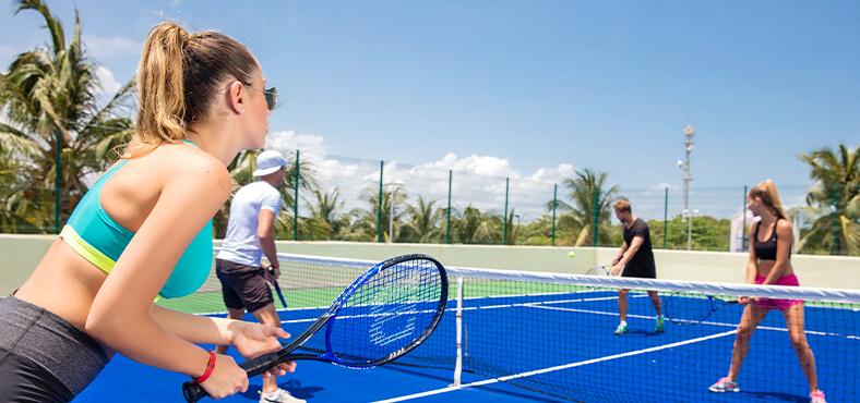 ¿Tenis, vóleibol o minigolf?, hoteles todo incluido en Cancún Crown Paradise