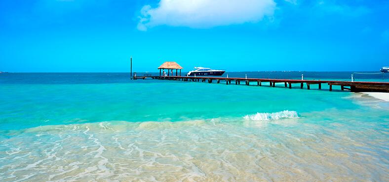 Playa Langosta, tu conexión a Isla Mujeres